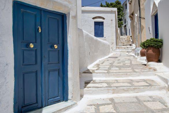 Isternia Village, Tinos