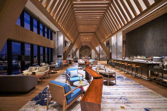 Wyndham Grand Yangon Lobby Lounge