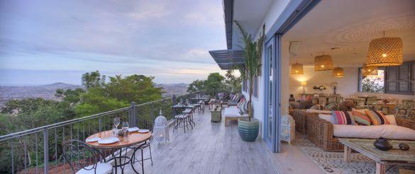 Latitude O° - rooftop deck