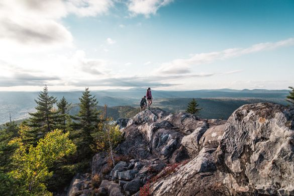 Hiking on Borestone Mountain in Maine