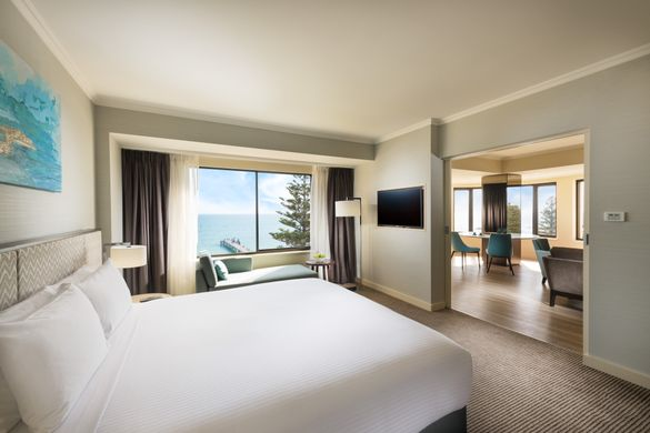 Stamford Grand Adelaide New Ocean Suite