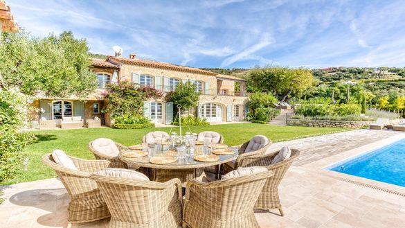 Villa Alore