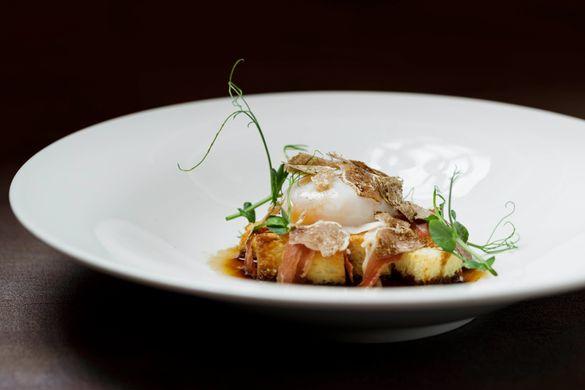 65 ̊C Poached Organic Egg with Bayonne Ham, Brioche and White Truffle