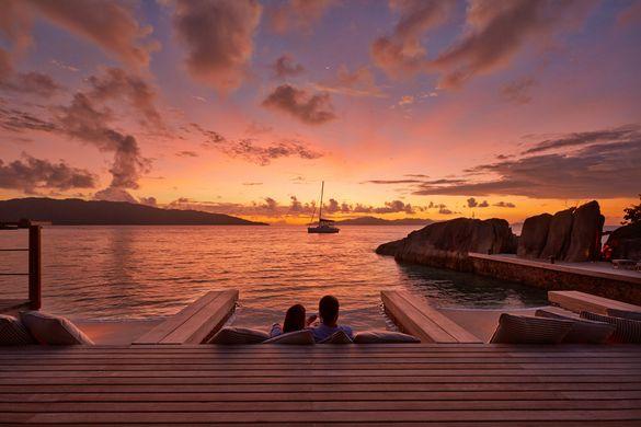 Sunset from Koko Bar, Six Senses Zil Pasyon
