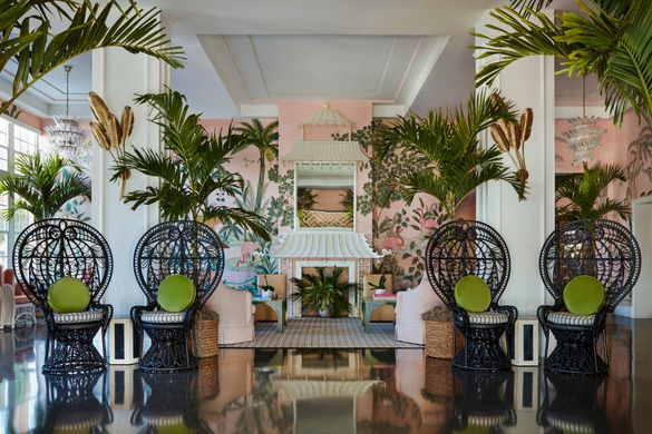 The Colony Hotel - Living Room with Degournay Wallpaper