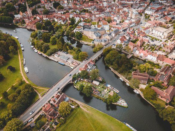 Oxford waterways at Abingdon.