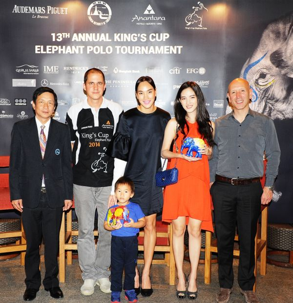 Tourism Authority of Thailand's Apichai Chatchalermkit; Anantara's Tim Boda, Thai Celebrity Took Chanokwanan Rakcheep and son: Thai celebrity Data Darancharas Sukkheviriya, Elephant Parade Founder, Mike Spits launch Elephant Parade 2015