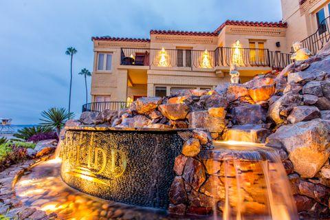 Pantai Inn in La Jolla, California