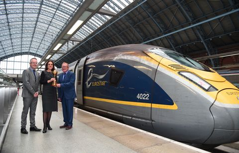 Photo Caption: Ryder Cup Rendezvous: The Ryder Cup trophy arrives in front of a Eurostar train, Official Supplier of The 2018 Ryder Cup, at London St Pancras International, where it was on display to fans on Thursday October 26. Eurostar will be transport
