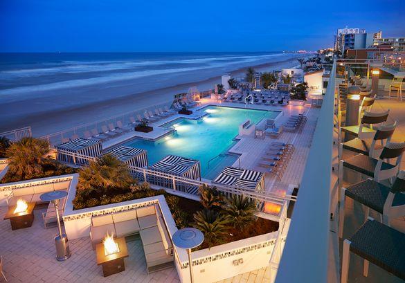 Hard Rock Hotel Daytona Beach by night