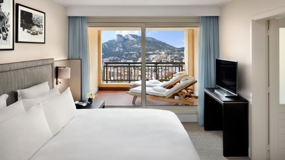 Columbus Monte-Carlo: Apartment - Master Bedroom