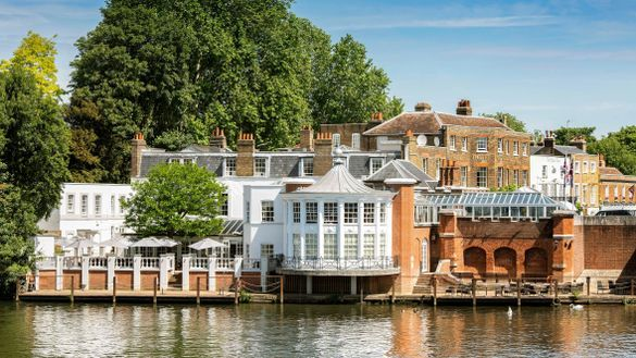 The Mitre, Hampton Court