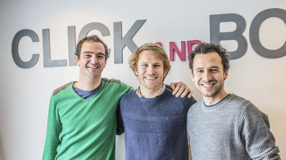 Click&Boat Founders Edouard Gorioux (right) and Jérémy Bismuth (left) with professional offshore yacht racer and Click&Boat ambassador François Gabart (middle)